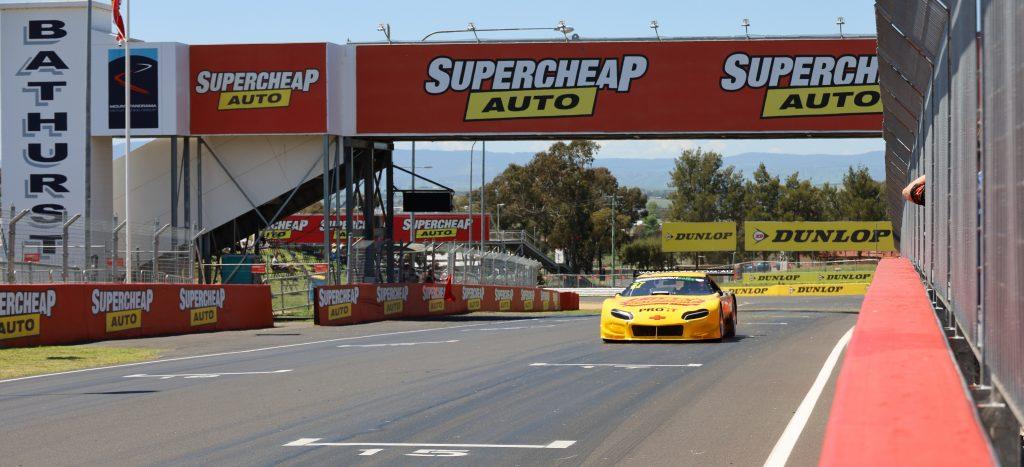 PRO IT-Billys MotorSports Bathurst 1000 Finish Line